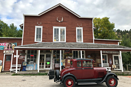 Aladdin Country Store